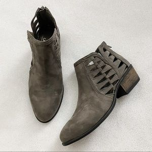 Journee Collection Finley Gray Ankle Boots